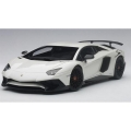 Lamborghini Aventador LP750-4 SV with big SV 1:18