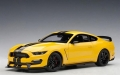 Ford Mustang Shelby GT350R 2017 Yellow  1:18 72932