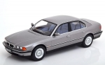 BMW 740i E38 1st series 1994 silver gr 1:18 180363