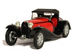 Bugatti 55 Roadster Red Black 1932 1:18 002