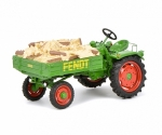 Fendt Geratetrager GT with fire woo 1:43 450258600