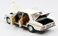 Mercedes Benz 200/8 W115 1969 White 1:18 183770